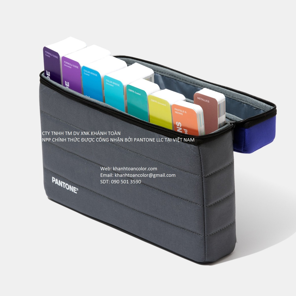 Pantone C U Portable Studio GPG304A năm 2020